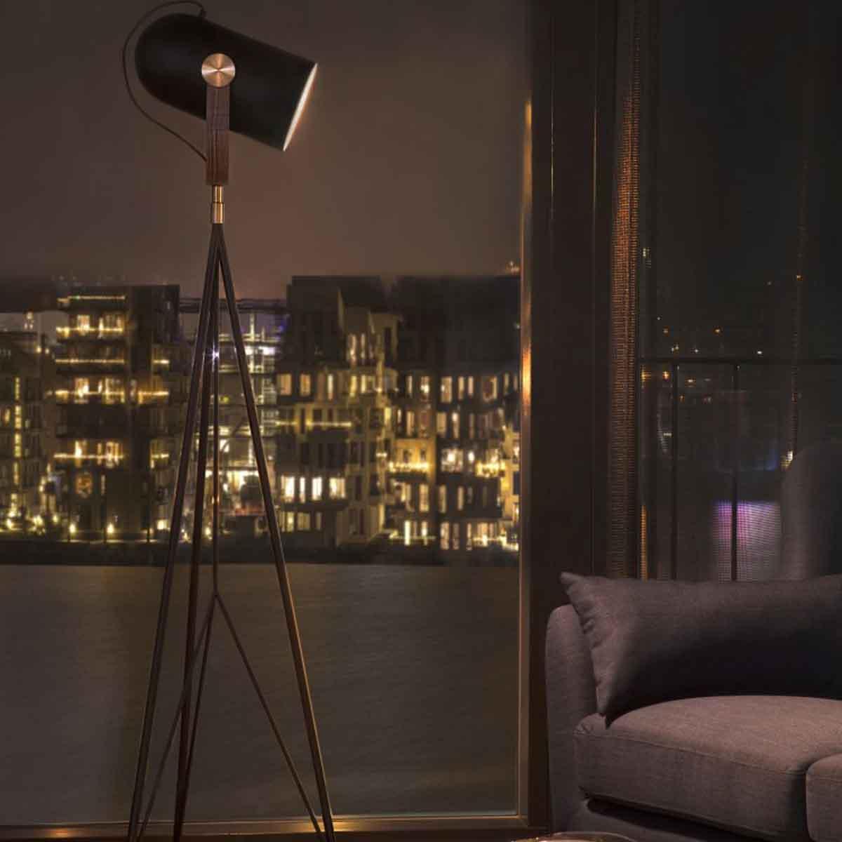 le klint stehleuchte carronade high schwarz h he 170 175 cm m bel lampen leuchten stehlampen. Black Bedroom Furniture Sets. Home Design Ideas