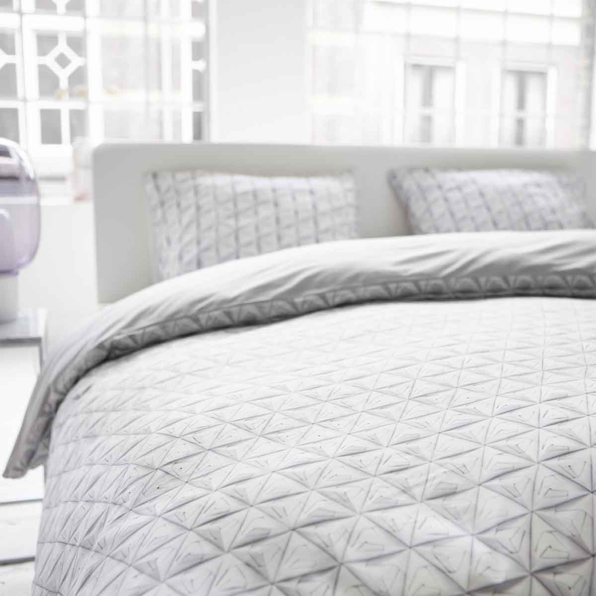 Snurk Bettwäsche Monogami White Weiß 135 X 200 Cm 100 Baumwolle