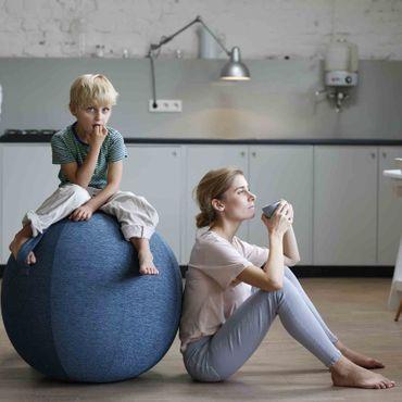 Vluv Stov Stoff-Sitzball Durchmesser 50-55 cm Concrete / Hellgrau – Bild 6